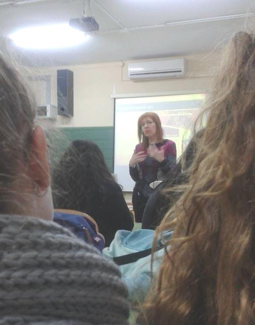 visita Ana Alonso en ies pablo olavide en Las Luisianas (Sevilla)